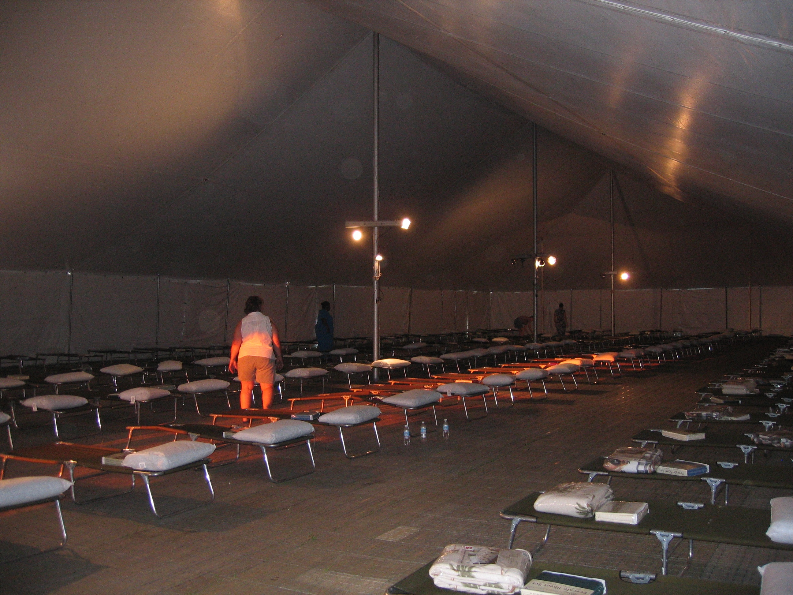disaster relief shelter