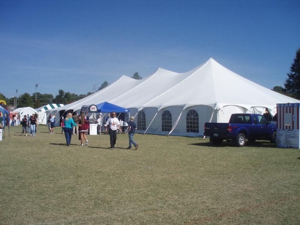 classic-pole-tent-rentals.jpg